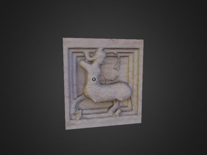 Zooforo di Benedetto Antelami (n. 28) a Parma: centauro con arco